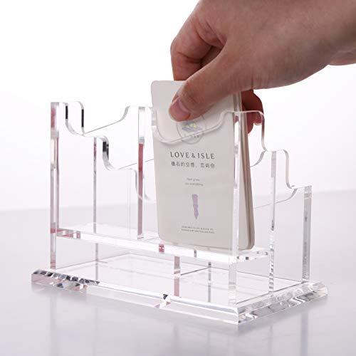 シンプルでコンパクトなので、場所を取らずにデスクの隅や本棚の片隅に置いておけます。