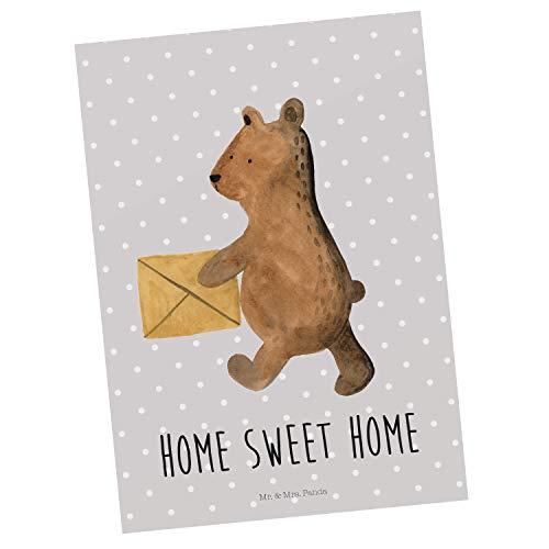 Mr. & Mrs. Panda Geschenkkarte, Ansichtskarte, Postkarte Bär Zuhause mit Spruch - Farbe Grau Pastell