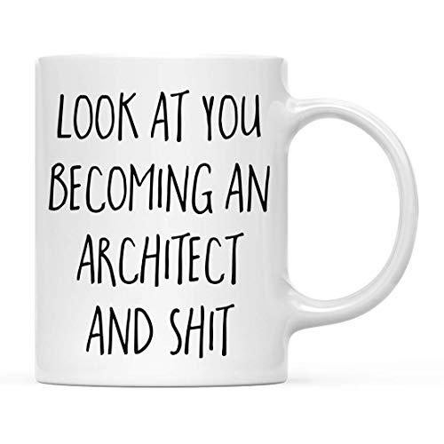Divertida taza de café, regalo con miras a convertirse en arquitecto y mierda, incluye caja de regalo, graduados de la escuela clase 2020, diploma, 15 onzas