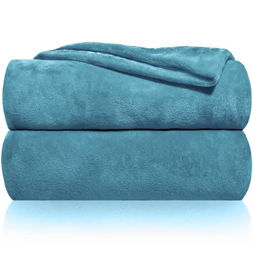 Couverture câline Gräfenstayn® douce et moelleuse - couverture polaire de haute qualité également parfaite comme couverture de séjour, de jour, de canapé et d'été (Turquoise, 240x220 cm)