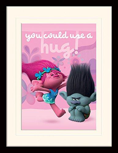 1art1 Trolls - Hug Gerahmtes Bild Mit Edlem Passepartout | Wand-Bilder | Kunstdruck Poster Im Bilderrahmen 40 x 30 cm