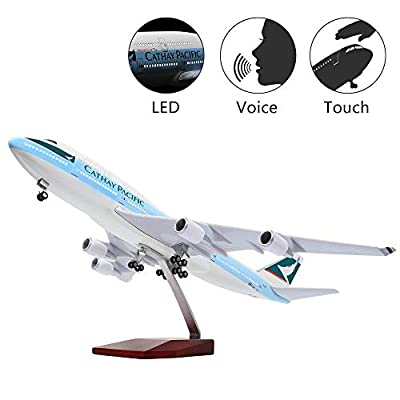 HANGHANG LED Light 1:130 Model Airplane Dreamliner Boeing Aircraft or Decoration