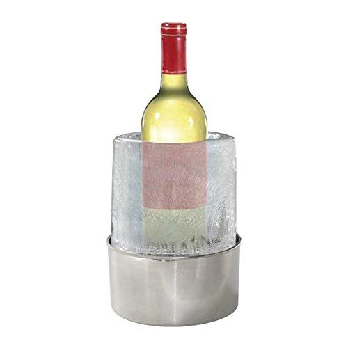 Creatieve flessenkoeler van natuurlijk ijs om zelf te maken, ijsemmer, wijnkoeler, champagnekoeler.