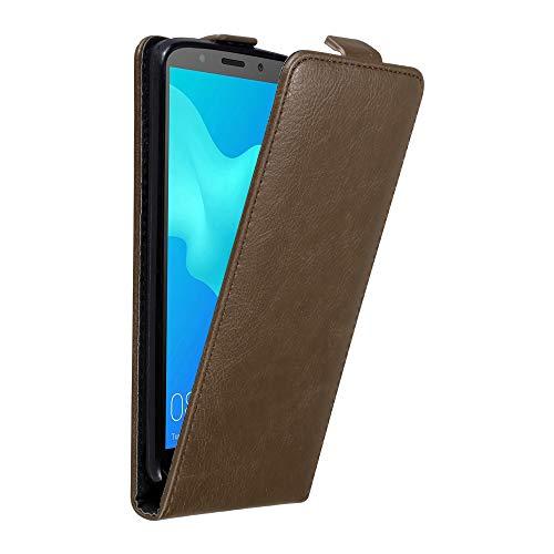 Cadorabo Hülle für Huawei Y5 2018 in Kaffee BRAUN - Handyhülle im Flip Design mit unsichtbarem Magnetverschluss - Hülle Cover Schutzhülle Etui Tasche Book Klapp Style