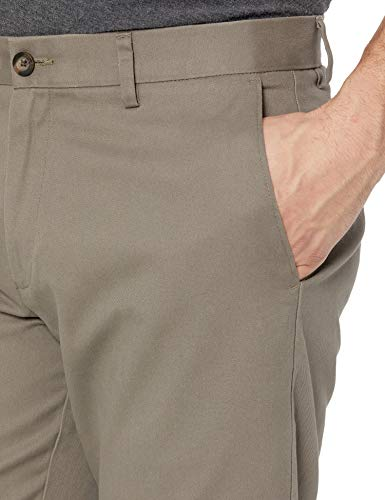 Amazon Essentials Men's Slim-Fit Wrinkle-Resistant Flat-Front Chino Pant, Taupe, 28W x 28L