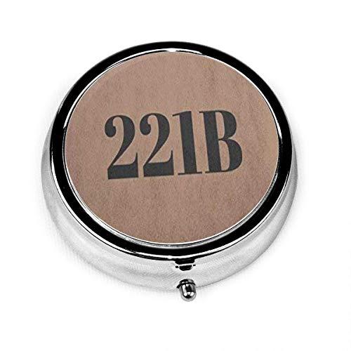Runder Pillenetui mit kleinem Pillenetui mit 3 Fächern, tragbar für die Geldbörsen-Reisetaschenbox Sherlock Holmes 221B Flat Number