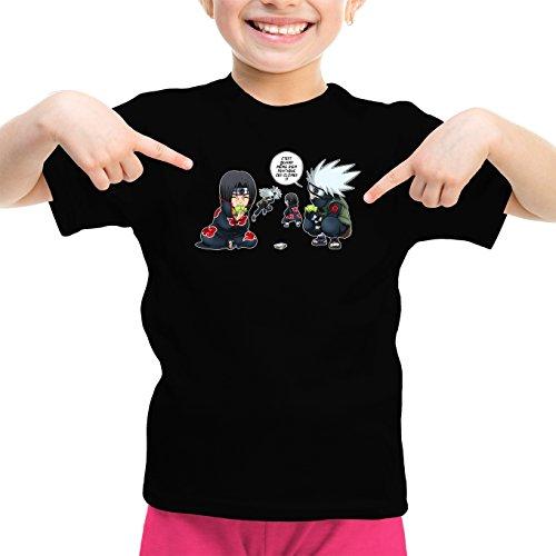 T-Shirt Enfant Fille Noir Naruto parodique Kakashi et Itachi : Combat de Ninjas ! (Parodie Naruto)