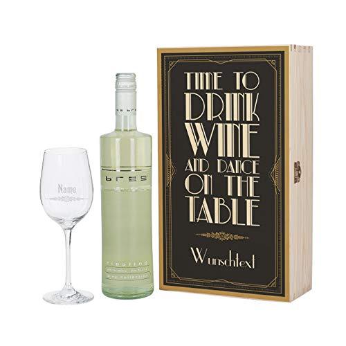 Herz & Heim® Geschenkset Wein mit graviertem Weinglas und Bree Wein zur Auswahl in Präsentbox Weiß
