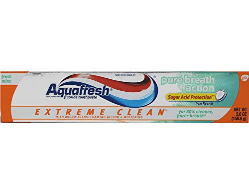Aquafresh Extreme Clean Pure Breath Action, Fresh Mint, 5.6 Ounce, Pack of 4