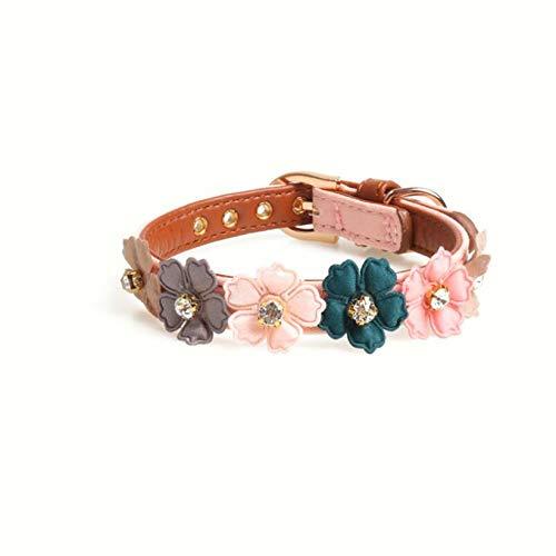 SJHFG Collar para mascotas con diseño de flor de liberación rápida con hebilla de metal ajustable, cómodo collar de piel sintética para gato, color rosa