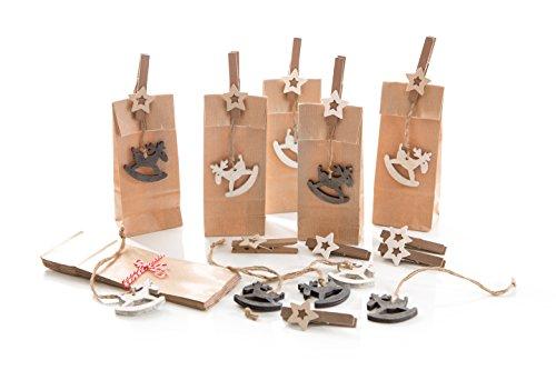 10 braune Weihnachtstüten mit Rentier Holz Anhänger und Stern Holzklammer (Tüte 7 x 4 x 20,5 cm, lebensmittelecht!); liebevolle und außergewöhnliche Verpackung für Geschenke zu Weihnachten