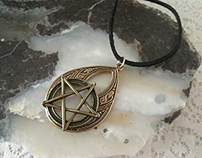 Pentacle Necklace, handmade jewelry wiccan pagan wicca gothic witch witchcraft pentagram