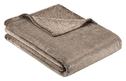 BUGATTI 3300 Kuscheldecke 160x220 cm – kuschelweiche Wohndecke braun XL, hochwertige Flanell Decke angenehm warm in schöner Melange Optik