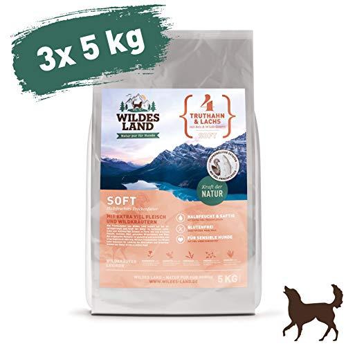 Wildes Land | Halbfeuchtes Trockenfutter für Hunde | Nr. 4 Truthahn & Lachs | 15 kg | mit Reis und Wildkräutern | Glutenfrei | Extra viel Fleisch | Soft Beste Akzeptanz und Verträglichkeit