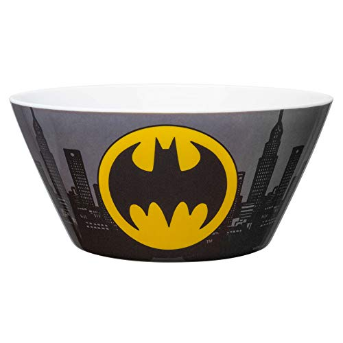Zak Designs DC Comics Kids' Soup Bowl, Made with Durable Melamine Material Perfect Dinnerware for Indoor/Outdoor Activities (27 oz, BPA-Free, Batman)