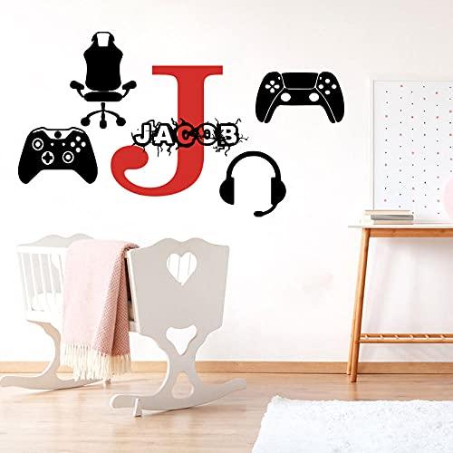 Ksnrang Nome Personalizzato Video Game Adesivo da Parete Nome Personalizzato Zona di Gioco Xbox PS4 PS4 Decalcomania della Decalcomania Boy Playroom Vinyl Home Decor 56cmwidex32cmhigh