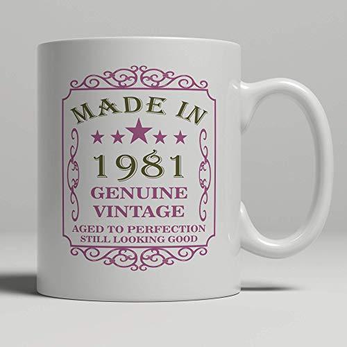 Taza rosa para 40 cumpleaños, nacida en 1981 40 años de edad, bonita chica chic y femenina, regalo de 40 años, impresa a mano cualquier año.