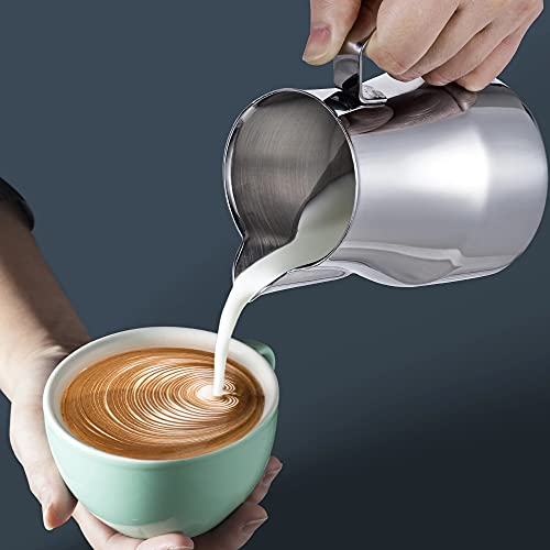 Stainless Steel Milk Frother Pitcher,Steaming Pitchers Foam Making Cappuccino Latte Art Barista Steam Pitchers,for Espresso Machines Latte Art (Silver Italian, 550ml)