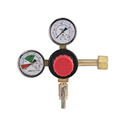 Low pressure gauge (the top gauge) indicates output pressure to the keg The low pressure regulator allows for an adjusted pressure from 1 to 50psi, the maximum downstream delivery pressure will not exceed 50psi High pressure gauge (the side gauge) in...