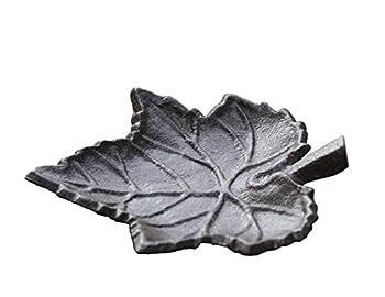Rustic Cast Iron Leaf Cigarette Ashtray Home Garden Décor 5.2  L Small Metal Tray Decorative Figurine Statue