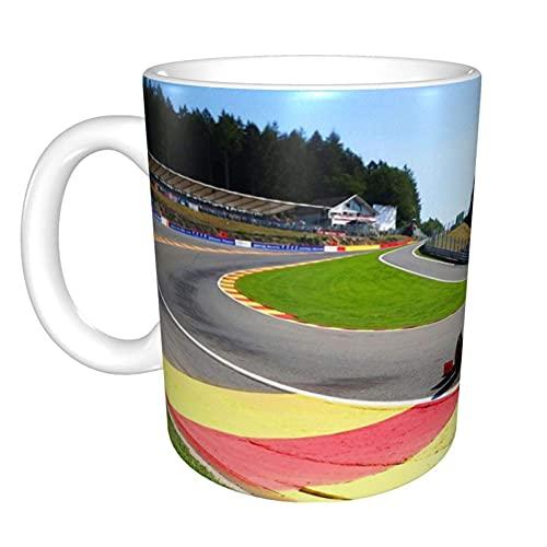 Charles Leclerc compite con Eau Rouge durante el Gran Premio de Bélgica de 2019. Inicio Taza de té de cerámica Taza de café de oficina 10 oz