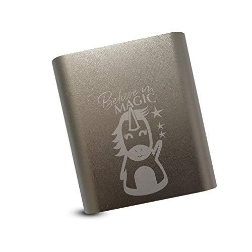 Einhorn Powerbank 10400mAh Akku Ladegerät für alle Geräte mit Ladekabel Aluminium gebürstet USB einfaches Aufladen silber