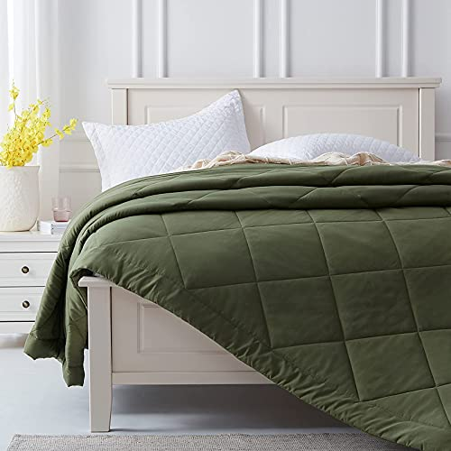 SunStyle Home Quilt Twin Green Lightweight Comforter Reversible Bedspread for All Season Soft Cozy Quilted Summer Blanket Down Alternative Bedding (66'x86' Olive Green)