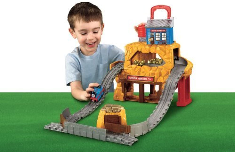 Thomas the Train  Take-n-Play Rumbling gold Mine Run by Fisher-Price Thomas