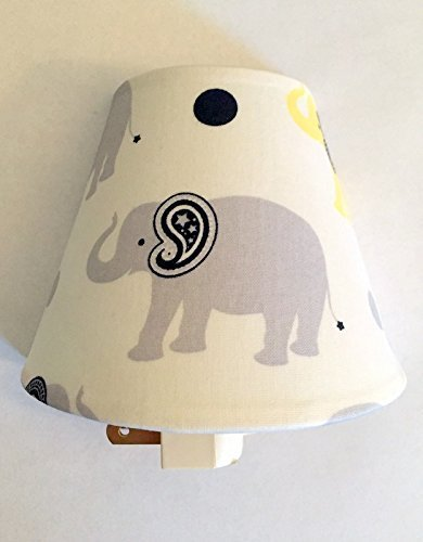 Elephant Plug In Night Light / Safari Theme / African Animals / Kid's Room / Baby shower Gift / Nursery Decor / Gender Neutral Baby / Home Decor