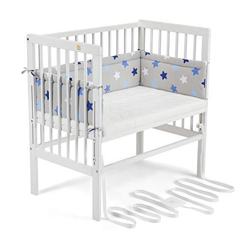 FabiMax 4487 Beistellbett BOXSPRING weiß, inkl. Matratze Comfort und Nestchen Blaue Sterne auf grau