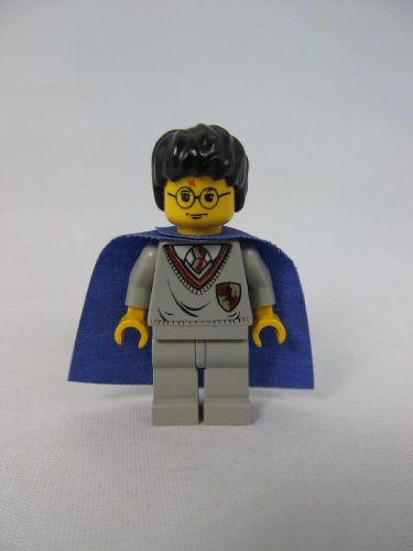 LEGO Harry Potter Minifigure with Gryffindor Sweater & Purple Cape by