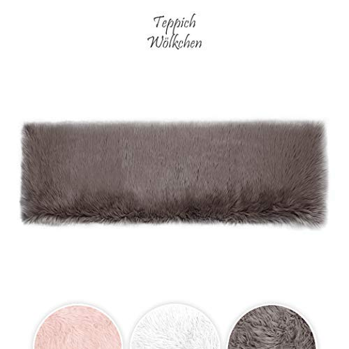 Lammfell-Teppich Kunstfell Schaffell Imitat | Wohnzimmer Schlafzimmer Kinderzimmer | Als Faux Bett-Vorleger oder Matte für Stuhl Sofa (Braun - 50 x 150 cm)