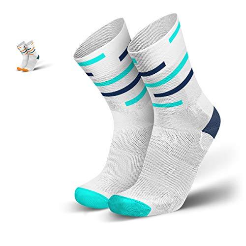 INCYLENCE Motions Kompressionssocken lang, leichte Sportsocken, atmungsaktive Funktionssocken mit Anti-Blasen Schutz, Triathlon Socks, weiß, türkis, dunkelblau, 43-46
