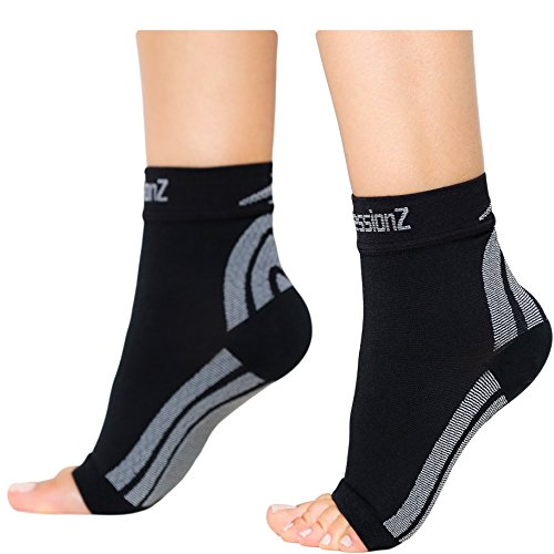 RELIEVE FOOT PAIN FAST: Compression foot sleeve delivers foot, arch, ankle & heel compression for max heel pain relief. Ideal arch & ankle support for plantar fasciitis, ankle sprains, edema & more. REDUCE SWELLING & STABILIZE ANKLE: Ankle compressio...