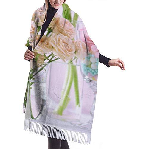 Laglacefond Winter sjaal kasjmier feel lentebloemen glazen vazen op sjaal stijlvolle sjaal wraps zachte warme deken sjaals
