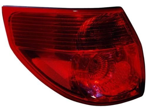 Toyota Sienna Replacement Tail Light Assembly - Driver Side