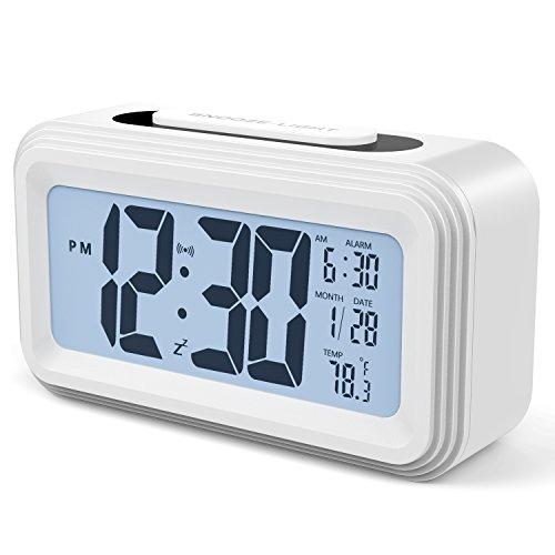 Annsky Réveil Digital Alarme Horloge Numérique 2018 Version électronique à Piles numérique Alarm Clock LCD avec Snooze, rétro-éclairage, lumière de Nuit, température, Affichage de la Date