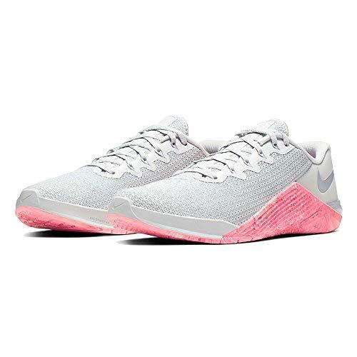 Nike Metcon 5, Zapatillas de Atletismo para Mujer, Multicolor (Pure Platinum/Oil Grey/Imperial Blue 4), 38 EU