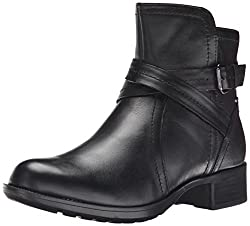 best boots for travel for women