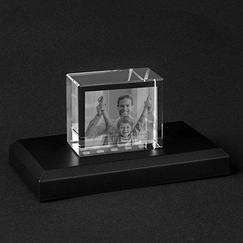 Personello® Graviertes Glasfoto (Glasblock) Foto in Glas graviert, Fotogeschenk, Glaskristall S=55x45x30mm, Leuchtsockel