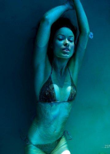 Olivia Wilde Poster #01 24x36 Bikini