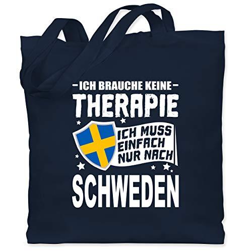 Shirtracer Länder - Ich brauche keine Therapie Ich muss einfach nur nach Schweden - weiß - Unisize - Navy Blau - Fun - WM101 - Stoffbeutel aus Baumwolle Jutebeutel lange Henkel
