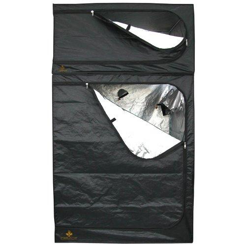 SECRET JARDIN - DARK ROOM II - 120x120x200 cm