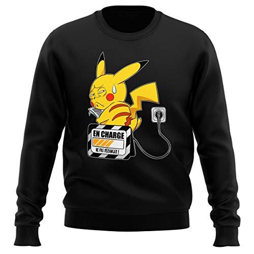 Okiwoki Pull Noir Parodie Pokémon - Pikachu - en Charge. (Super Deformed) (Sweatshirt de qualité Premium de Taille L - imprimé en France)