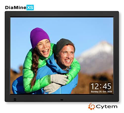 Cytem 15 Zoll Digitaler Bilderrahmen | 4:3 HD-IPS Display (1024x720) | Bewegungssensor | Transparente Datum-Uhr | korrekte Bilddrehung und Größenanpassung | Gemischte Diaschau | min.10.000 Fotos | Schwarz
