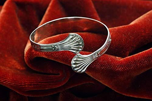 Armspange aus einer Zuckerzange - Besteck - Schmuck aus Silberbesteck