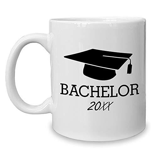 Shirtdepartment - Kaffeebecher - Bachelor mit Wunschjahr zum Beispiel 2019 Weiss-schwarz