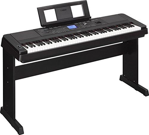 YAMAHA DGX 660 PIANOFORTE 88 TASTI PESATI CON ARRANGER E INGRESSO MICROFONICO PER KARAOKE