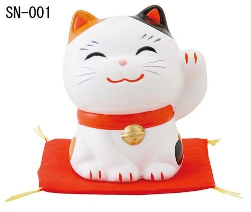 Matsumoto-Toki Good Fortune Welcoming Calico Cat with Left Hand Up SN-001