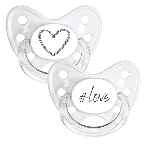 DENTISTAR® Schnuller 2er Set mit Schutzkappe - Silikon Nuckel in Größe 3, ab 14 Monate - zahnfreundlich & kiefergerecht - Beruhigungssauger - Made in Germany - BPA frei - Herz grau + #love
